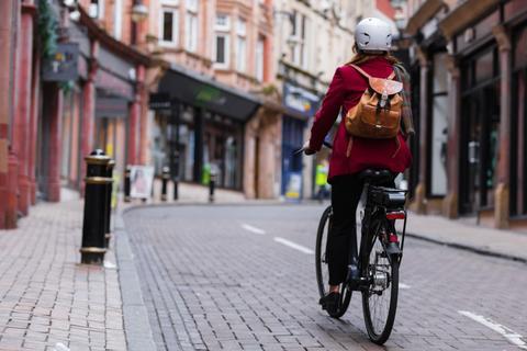 Elektrikli Bisiklet Nedir? Elektrikli Bisiklet Nasıl Çalışır? İşlevi Nedir?