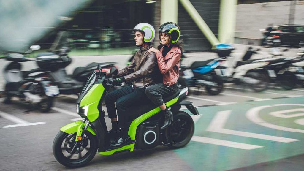 silence markali elektrikli scooter lar turkiye de 1