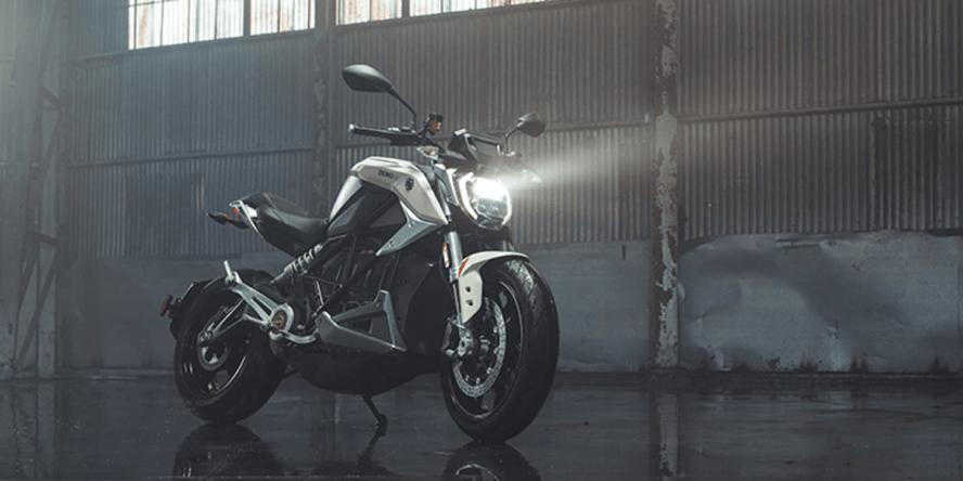 zero motorcycles srf e motorrad electric motorcycle modelljahr 2021 01 min 888x444 1